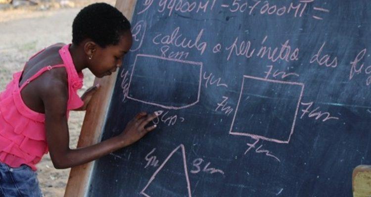 Premio Unesco de Educación de Niñas y Mujeres 2020: Gana hasta $50,000 dólares para finalizar tu proyecto