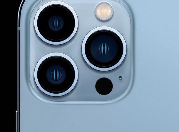 Gana un iPhone 13 pro max color azul sierra en el giveaway de Mariana Rodríguez